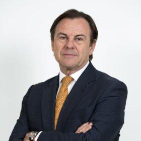 Carlos-Chastel-Grupo-Baux